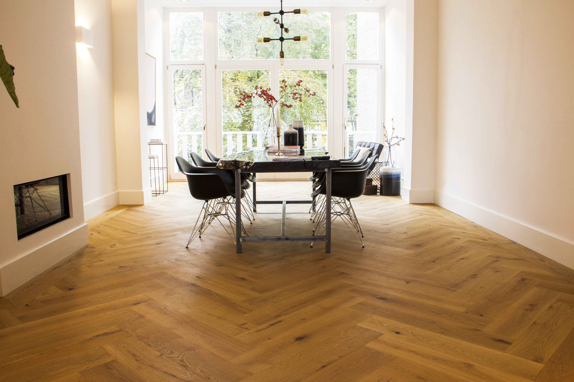 Moderne Visgraat Vloer : T g wood international bv een grote visgraat van cm