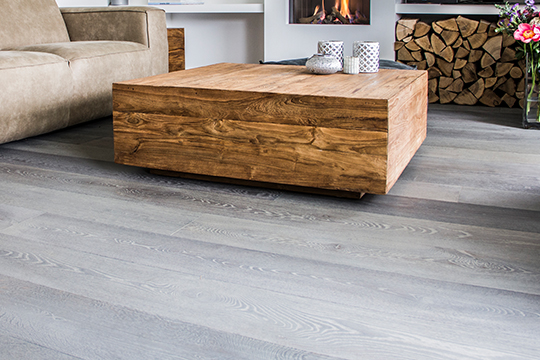 Planken grijs gebeitst 2